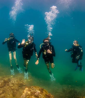 PADI_Open_Water_Course_Xlendi