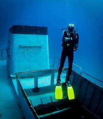 diver_p29_wreck_cirkewwa_malta_03