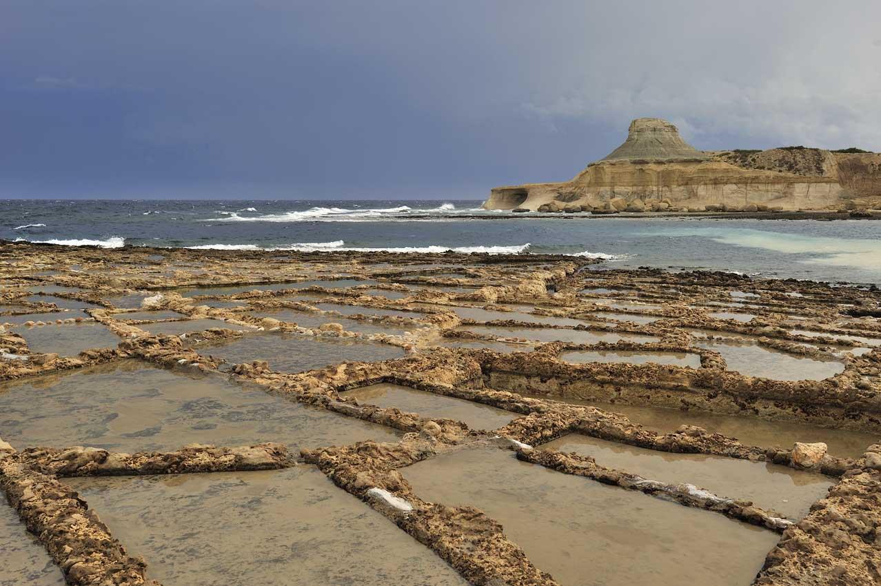 Les salines près de Marsalforn - The salt pans near Marsalforn