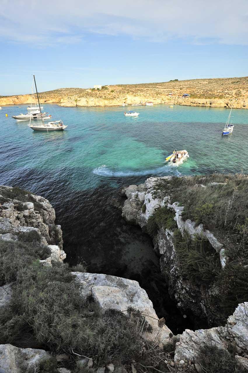 La crique de Blue Lagoon sur l\'île de Comino -  Blue Lagoon cove