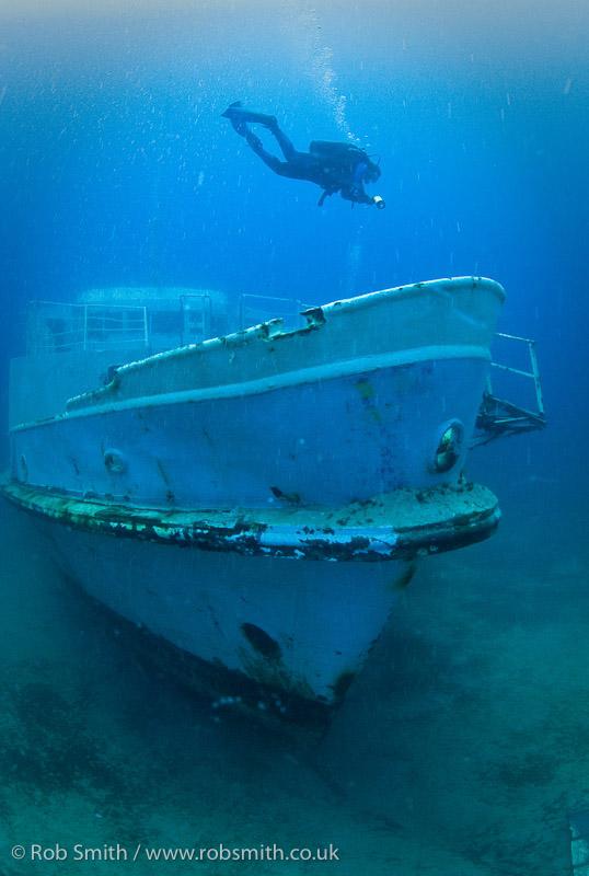 diver bow mv karwela