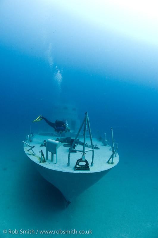 diver p29 wreck cirkewwa malta 02