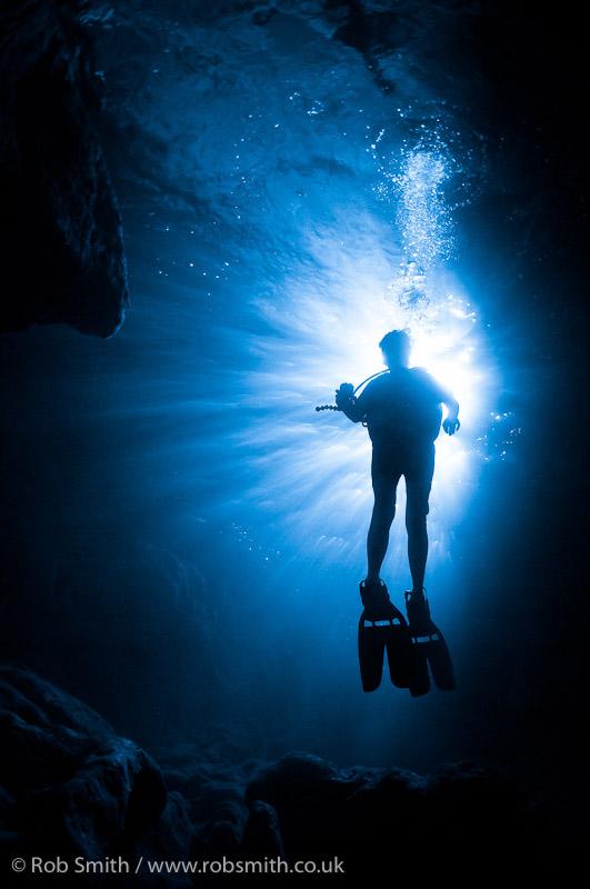 xlendi tunnel diver sunburst